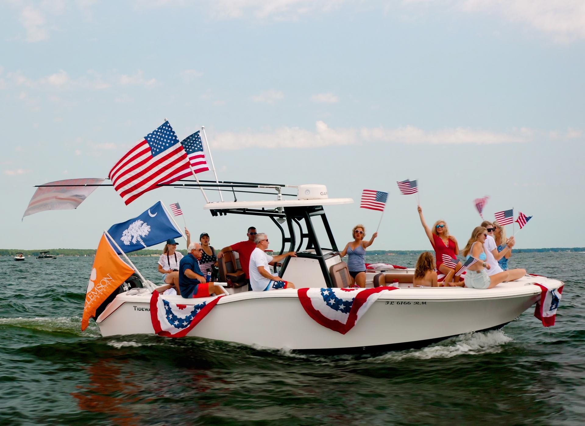 4th of July on Lake Murray, SC     Boat Parade