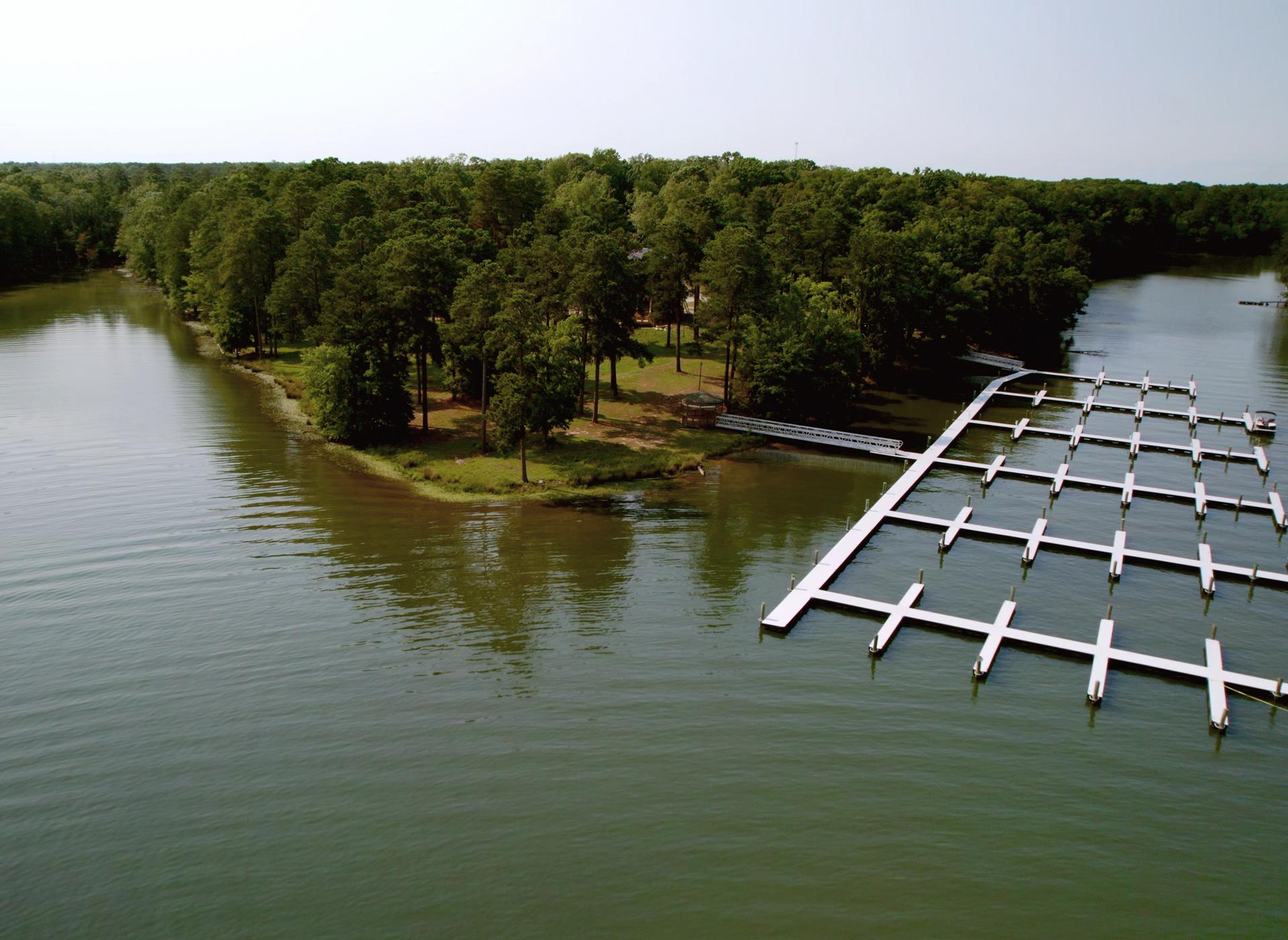 Aerial Views     Stewart Landing on Lake Murray